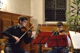 The violinists of the Gardan Quartet